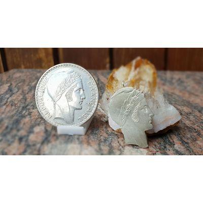 Pendentif en argent avec pièce de 20 Francs Turin découpée a la main
