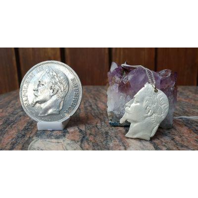 Pendentif en argent avec pièce de 5 Francs Napoléon découpée à la main
