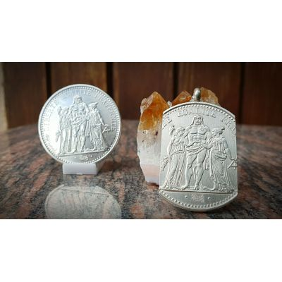 Pendentif en argent avec pièce de 10 Francs Hercule découpée à la main