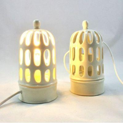 Lampe de chevet porcelaine blanche ajourée