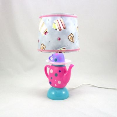 Lampe chevet enfant dinette abat-jour imprimé gâteaux 002