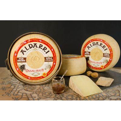 Fromage de brebis AOC Ossau Iraty pasteurisé 4 mois tomme de 4 kg vendu en 1 kg