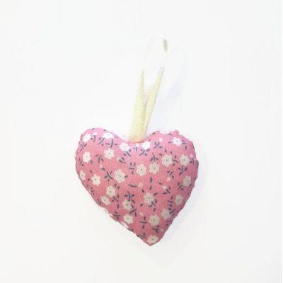 Coeur en tissu rose et blanc (motif différent de chaque côté)