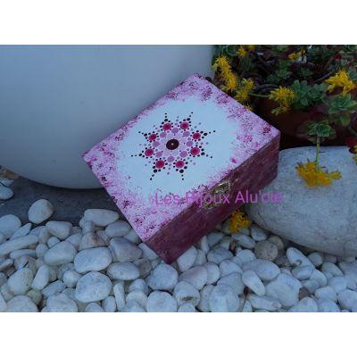 Boîte à bijoux rose