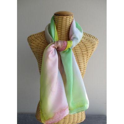 Echarpe en soie aux couleurs pastel, bleu, vert, jaune, rose