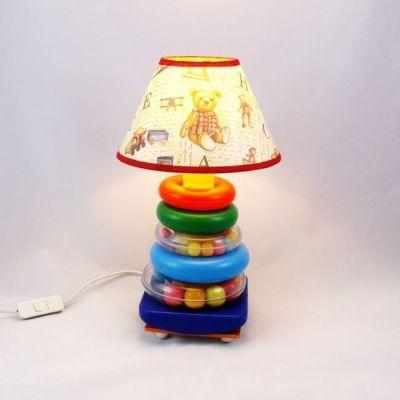 Lampe enfant bébé pyramide à anneaux multicolores abat-jour jouets rétro @Rêve de Lampes