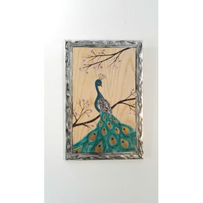 Tableau Peinture sur bois Paon et fleurs de cerisier, bois de frêne et ornement en métal repoussé.