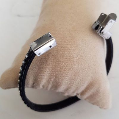 Bracelet cuir 06 mm Noir strass Swarovski ajustable au poignet