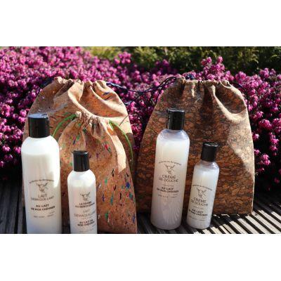 2en1 Lavant corps et cheveux, enrichi au lait de nos chèvres, senteur Fleur de Tiaré 25cl / 1L / 5 L - 25cl