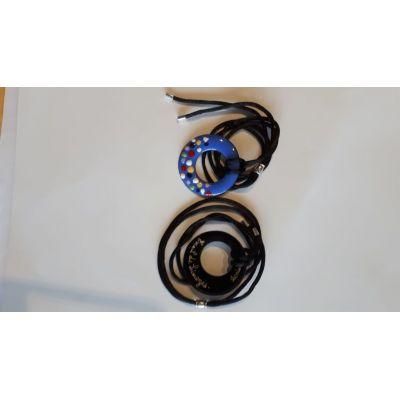 Pendentif bleu en émail de Limoges sur cuivre