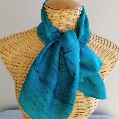 Echarpe en soie bleu canard