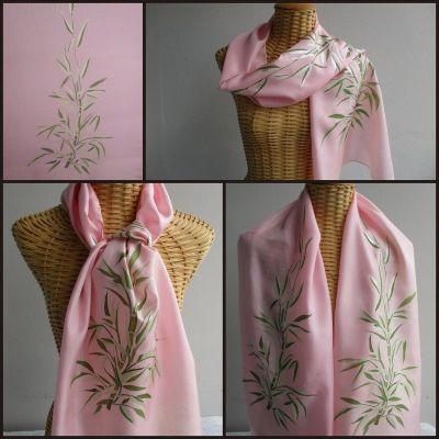 Echarpe en soie rose, bambous mousse et argent