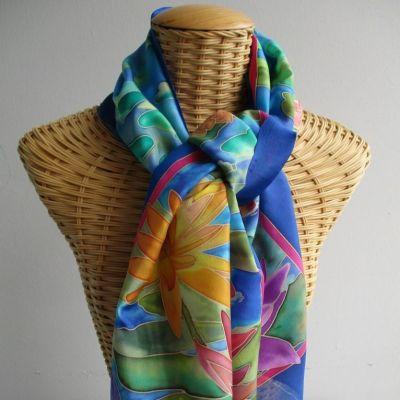 Echarpe en soie, motifs nénuphars