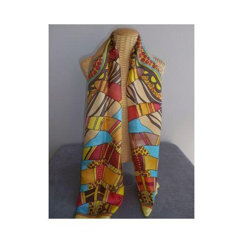Foulard, écharpe, étole en soie multicolore motifs boomerangs
